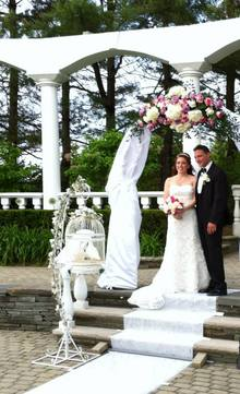 Wedding at Addison Park by NJ Wedding Officiant Andrea Purtell