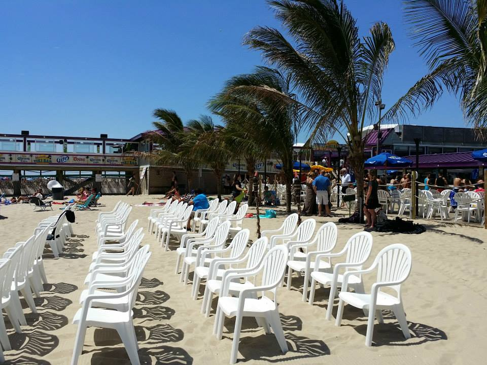 wedding at Martells Tiki Bar by NJ Wedding Officiant Andrea Purtell www.forthisjoyousoccasion.com