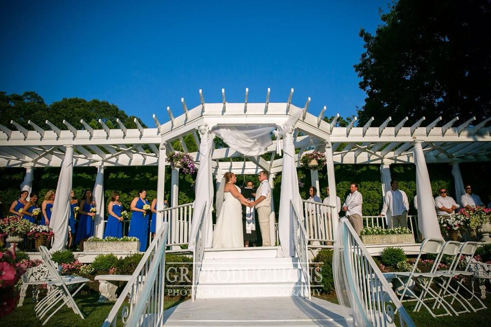 Wedding at Doolans by NJ Wedding Officiant Andrea Purtell www.forthisjoyousoccasion.com