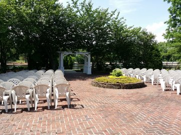 Wedding at the Smithville Inn by NJ Wedding Officiant Andrea Purtell